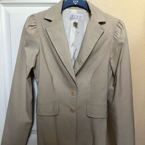 XOXO light khaki blazer w shoulder detail